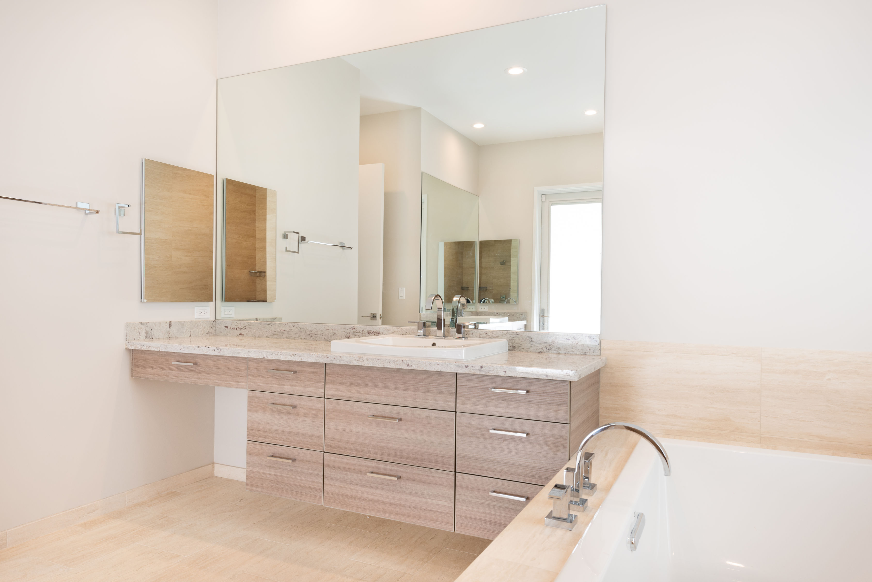 11-luxury-bathroom-1
