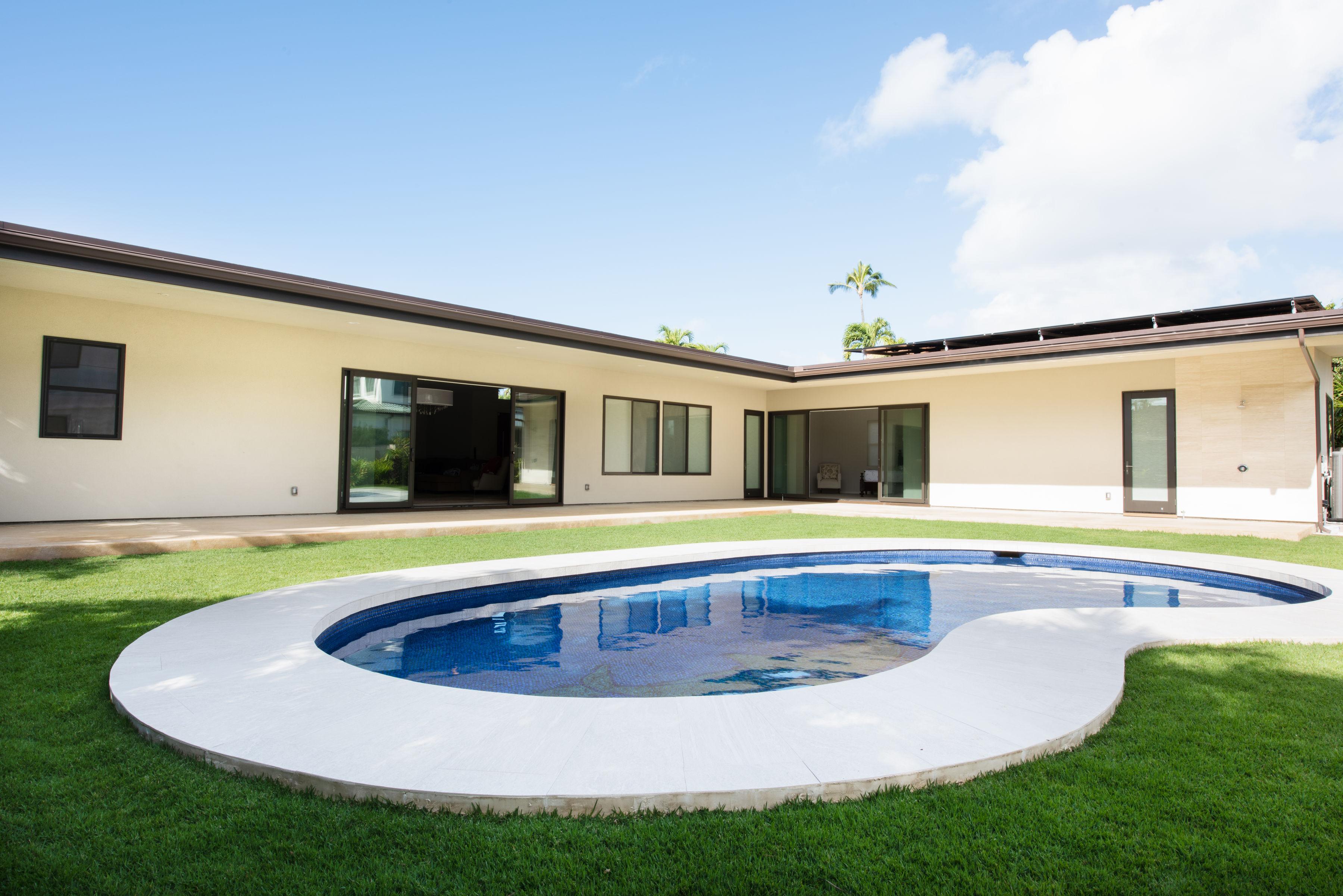 16-custom-pool